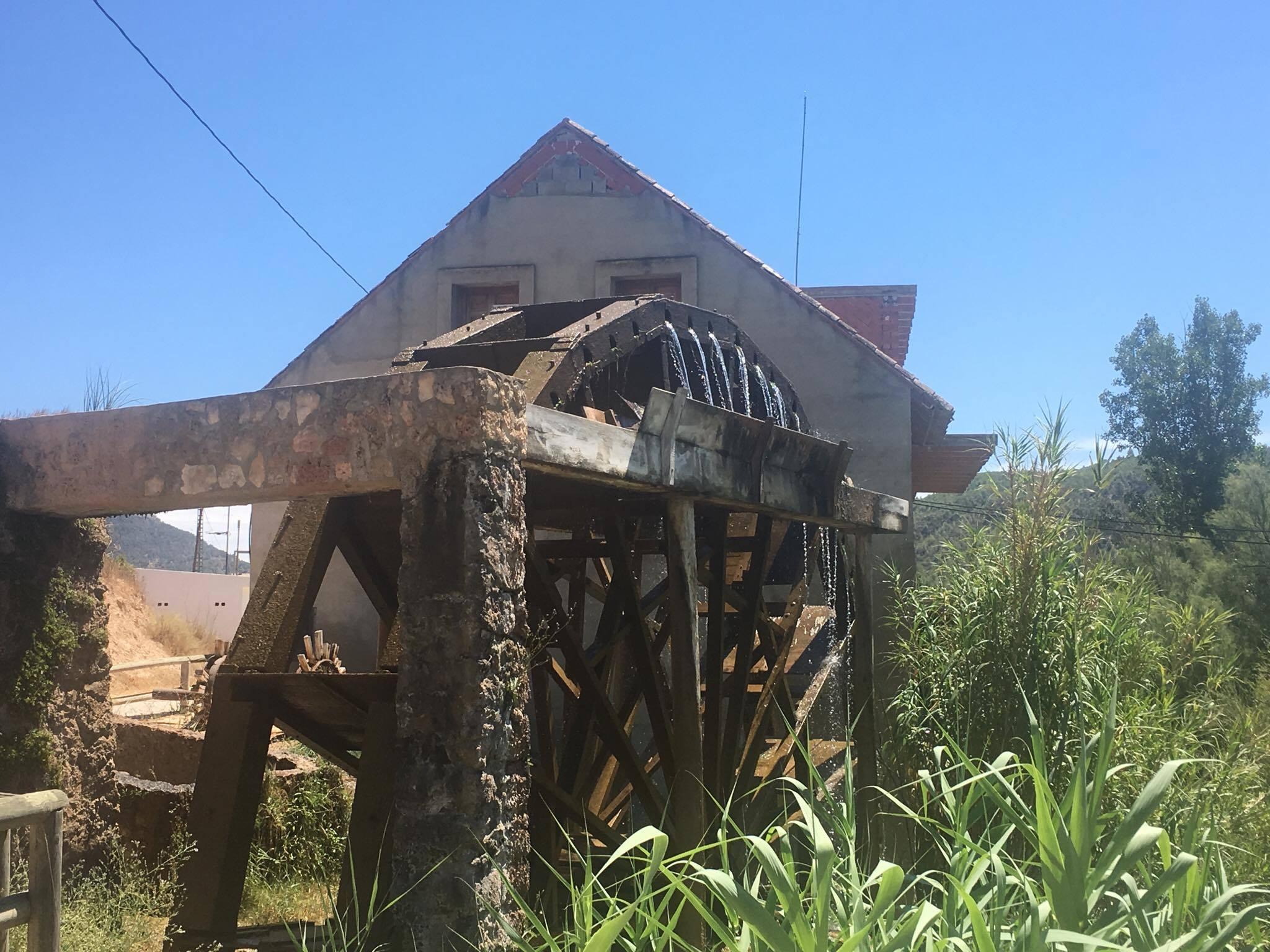 Casas del Rio, una pequeña aldea del municipio de Requena