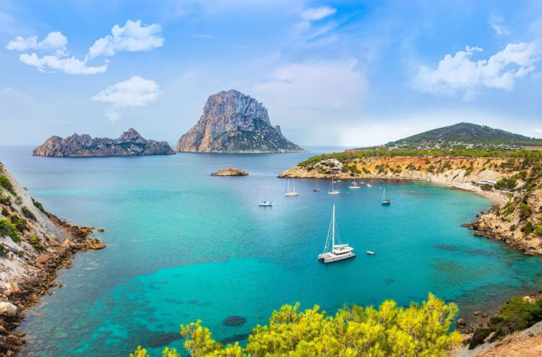 Santa Eulalia, el rincón familiar de la costa este de Ibiza